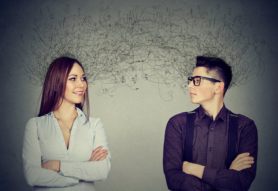 在与情绪、注意力和高级推理有关的大脑区域,亲密的朋友会出现类似的反应