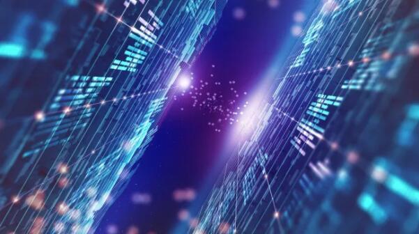 """量子力学中""""鬼魅般的远距作用""""将有助于加密信息。有了量子互联网,数据是安全的,连接是私密的,你也不再需要担心信息被拦截的危险"""