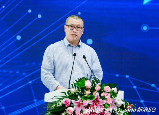 新浪网高级副总裁邓庆旭