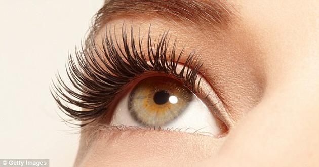 """眼睛是心灵的窗户。科学家已经开发出了能通过眼球运动来""""读心""""的人工智能。"""