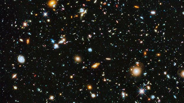 哈勃望远镜的观测显示,在黑暗广阔的宇宙之中,有成千上万个五彩斑斓的星系。宇宙的规模如此之大,谁能断言平行现实一定不存在呢?