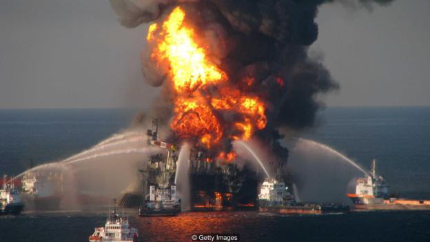 """缺乏理性和批判性思维还可能导致医疗错误和误判,甚至可能导致2010年墨西哥湾""""深水地平线""""石油泄漏事件等灾难"""