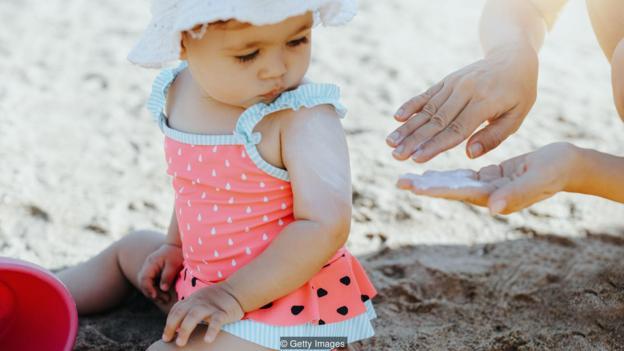 最近的一项研究提出了一个问题,即更高浓度的苯甲酮类紫外线防晒成分是否会降低怀孕的几率