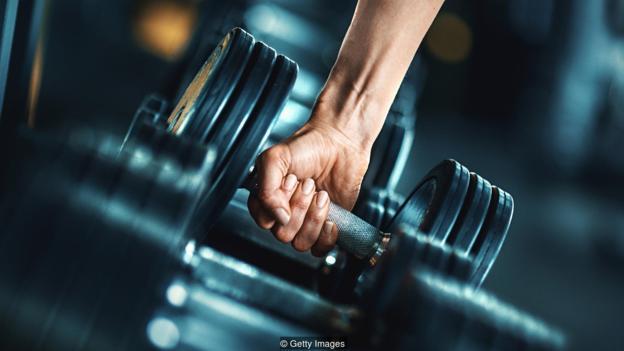 研究表明,在诸如健身之类的活动中奖励自己会帮助你保持良好的习惯