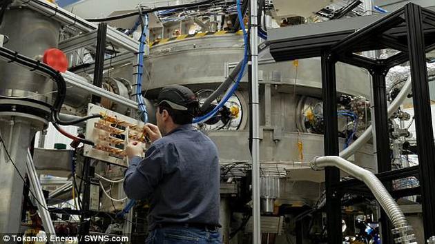 托塔马克能源公司计划于本年末前使堆内温度达到1亿摄氏度,相当于太阳核心温度的7倍。而该公司的最近一次测试使其离这一终极目标又近了一步。