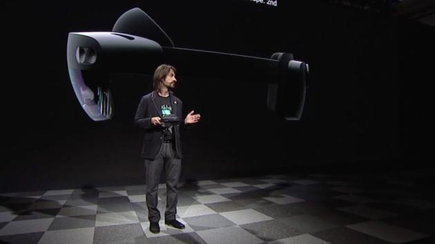 微软2019 MWC上推出第二代HoloLens:重点不在硬件 而在云服务