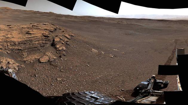 好奇号火星车拍摄的火星风景照