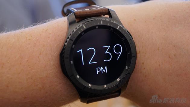 智能手表上常亮显示并不新鲜,三星手表等早有