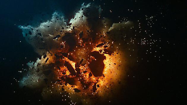 在《星球大战:天行者崛起》中,一艘绪斯同级歼星舰从太空发射了一束超级强大的光束,炸毁了奇基米星