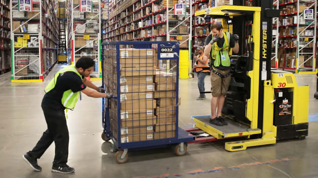 亚马逊宣布招聘 10 万名季节性工人,迎接圣诞购物旺季