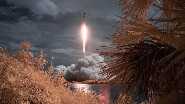 将宇航员送入太空意味着要对他们的坦然负责。
