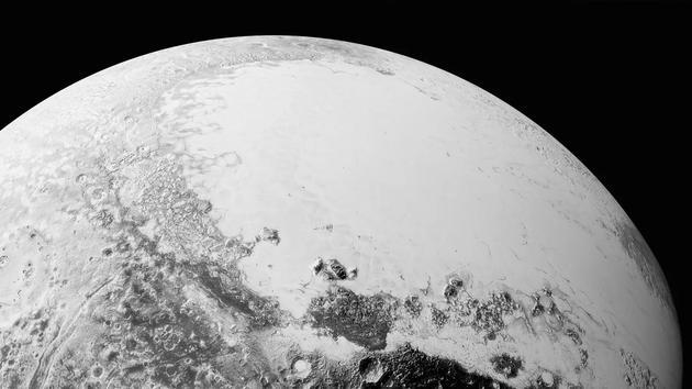 2006年,冥王星被降级为矮行星,为新的第九行星腾出位置。