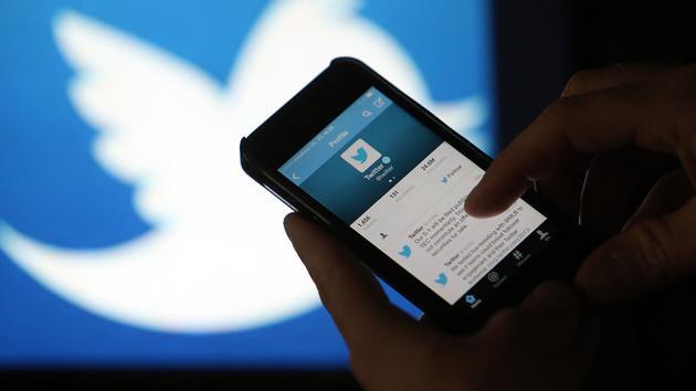 推特发布首款订阅服务 Twitter Blue,可撤回推文