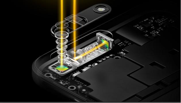 OPPO在MWC 2017上发布的5倍无损变焦技术