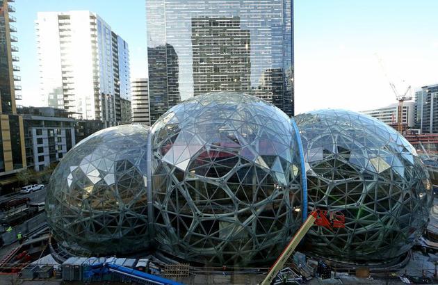 亚马逊市值突破5000亿美元:巨无霸地位的奠定过程