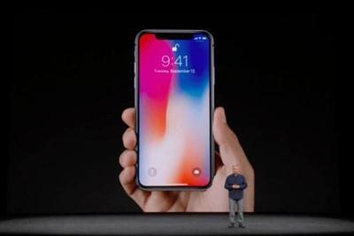 11月3日发售 首批4.65万台iPhone X从郑州发货出境