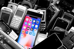 直播:iPhone X上手 面部解锁好用吗?