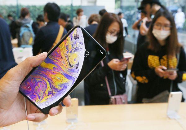 资料图片:日本东京,苹果专卖店。(视觉中国)