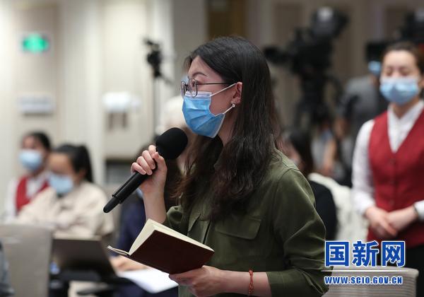 香港中评社记者提问(刘健 摄)