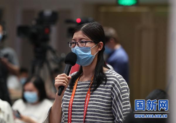 中国新闻社记者提问(刘健 摄)