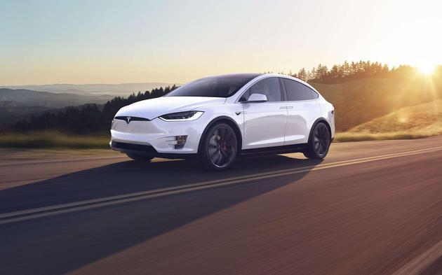 特斯拉将在北美召回1.5万辆Model X SUV 称存在潜在问题导致转向困难