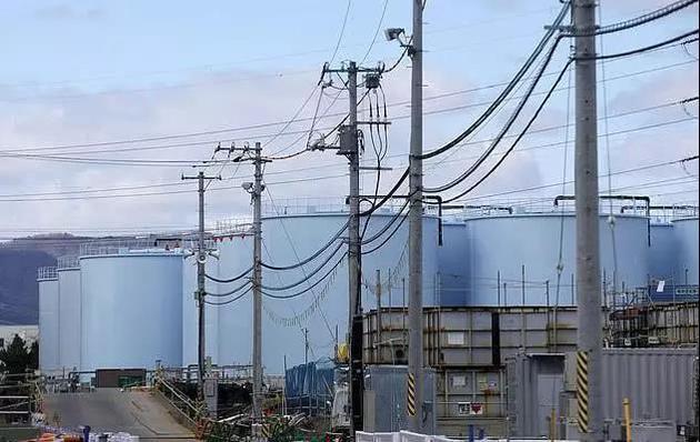 福島核電站仍在運行(爆炸的反應堆仍處于關閉狀態);盡管如此,對安全的持續擔憂依然存在。
