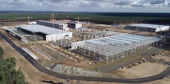 马斯克:特斯拉柏林超级工厂将成为全球最大的电池工厂