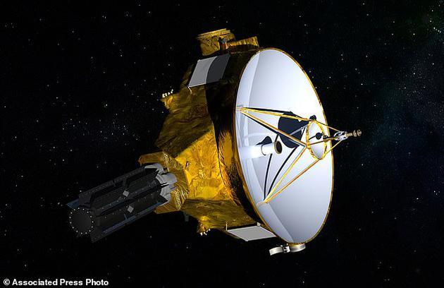"""新视野号探测器将在美国东部时间元旦当天早晨12:33分(北京时间下昼13:33)掠过被义务团队称为""""Ultima Thule""""的幼走星。"""