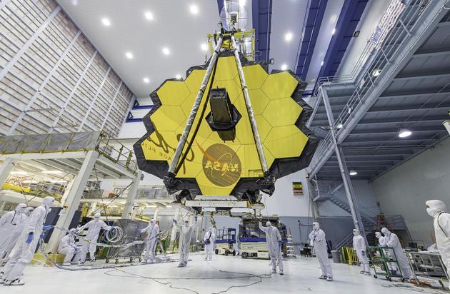 图12:NASA斥巨资建造的詹姆斯·韦伯望远镜,来源:NASA