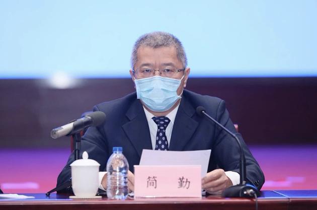 河南长垣破获两起制售假口罩案件警方刑拘8人