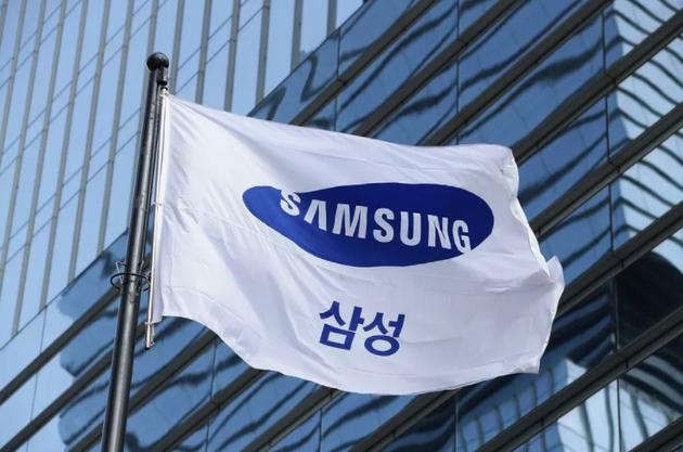 韩联社:三星电子8月将推两款折叠屏手机新品