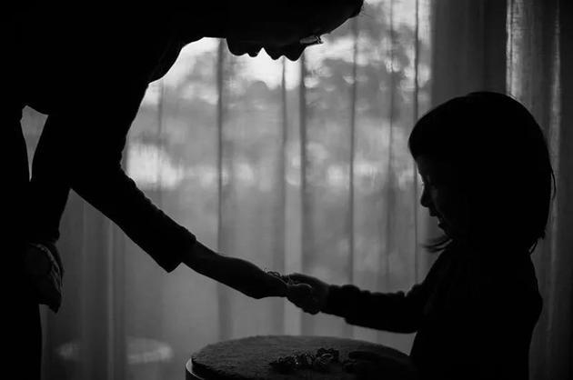 母親與孩子之間的關系可能是良心的演化基礎。   來源: TaPhotograph/Getty
