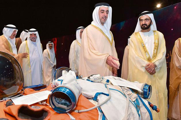 谢赫穆罕默德·本·拉希德·阿勒马克图姆(最后),在2015年的阿联酋航空局活动上