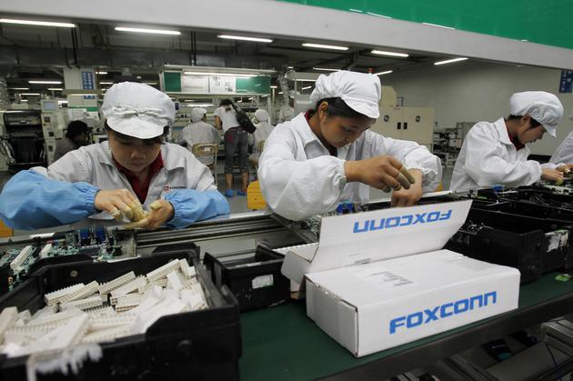富士康缩减美国威斯康辛项目规模 改建为6代线工厂