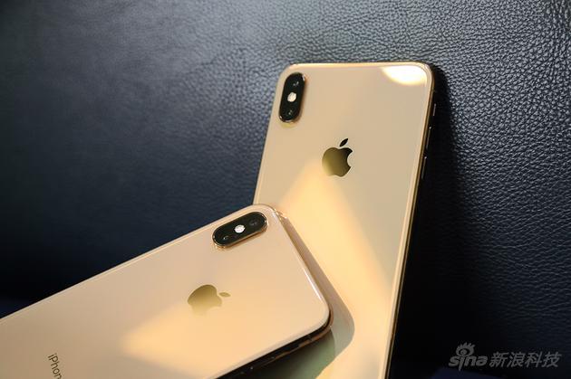金色是今年iPhone的广告色
