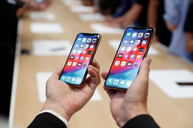 苹果公司在其新推出的iPhoneXSMax中去除了一些部件