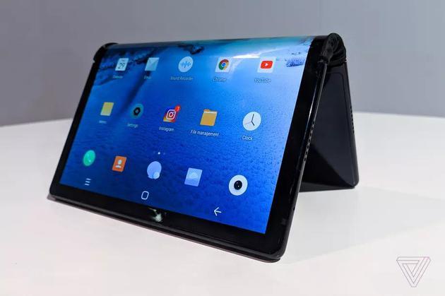 柔宇折叠屏手机