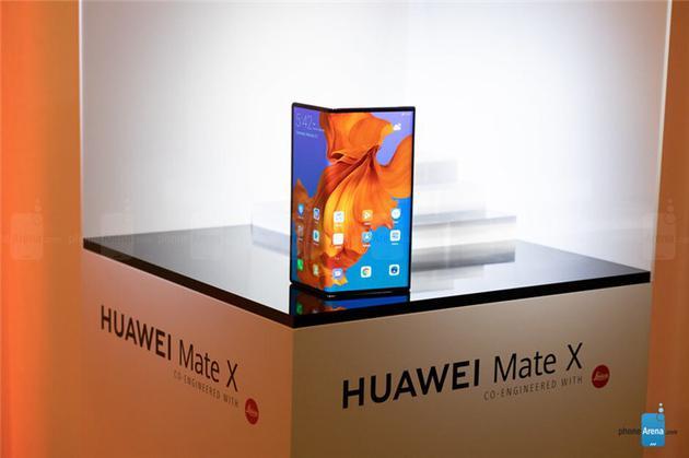 外媒:华为Mate X可能无法在Galaxy Fold上市前上市