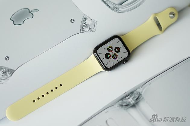 屏幕常亮打开,手表正常使用时间仍旧可以超过18小时