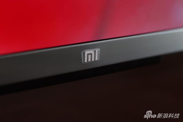 """小米的""""mi""""镭雕Logo"""