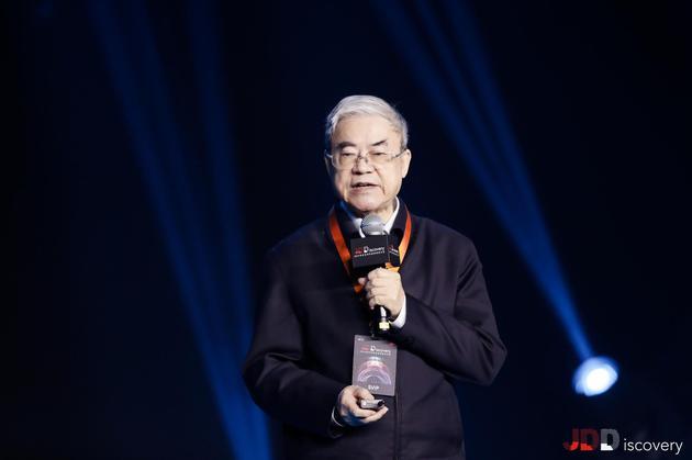 邬贺铨:5G核心应用并非是下载一部电影的速度