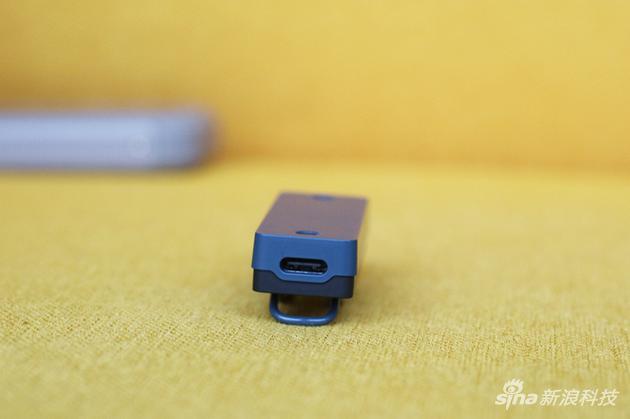 C1 Pro底部的USB-C接口益评