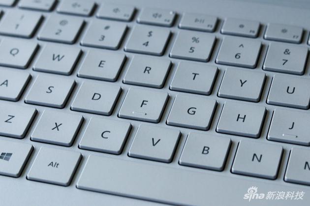 键盘手感不错