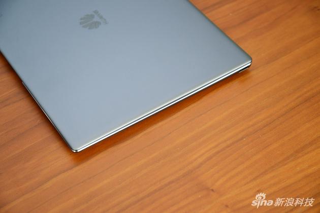 华为MateBook X Pro评测:全面屏很美 但整体还不完美的照片 - 8