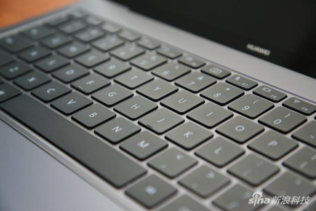 华为MateBook X Pro评测:全面屏很美 但整体还不完美的照片 - 25