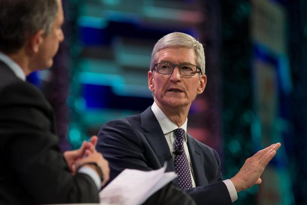 库克:新闻要闻应由人工筛选 苹果重质量而不是数量