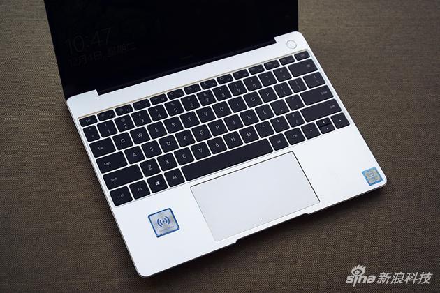 华为MateBook 13评测:硬件大升级 价格决定成败的照片 - 6