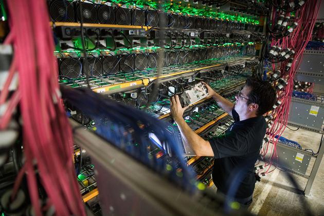 比特币市值跌82.7%创年内最低 比特大陆多款矿机一折甩卖