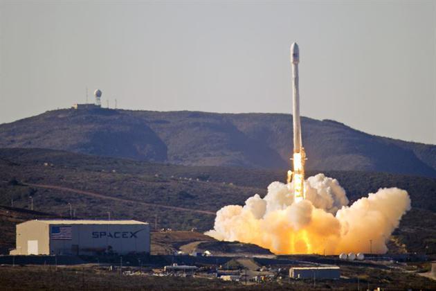 SpaceX发射GPS卫星 系首次为美国军方执行太空任务