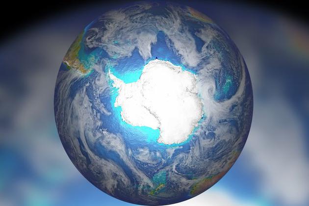 南极冰盖延伸入海时,对地球自转轴倾角的反应最为强烈。